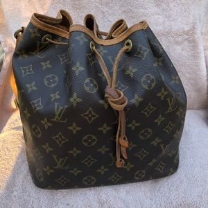 Louis Vuitton Petit Noe Monogram Bucket Bag